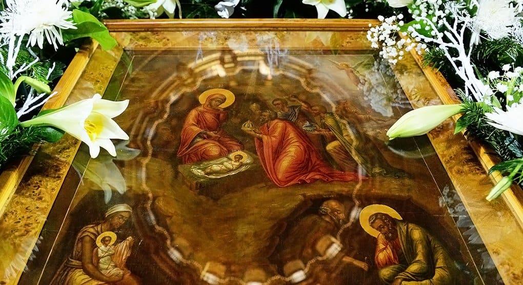 Что именно рассказывают евангелисты о рождении Спасителя