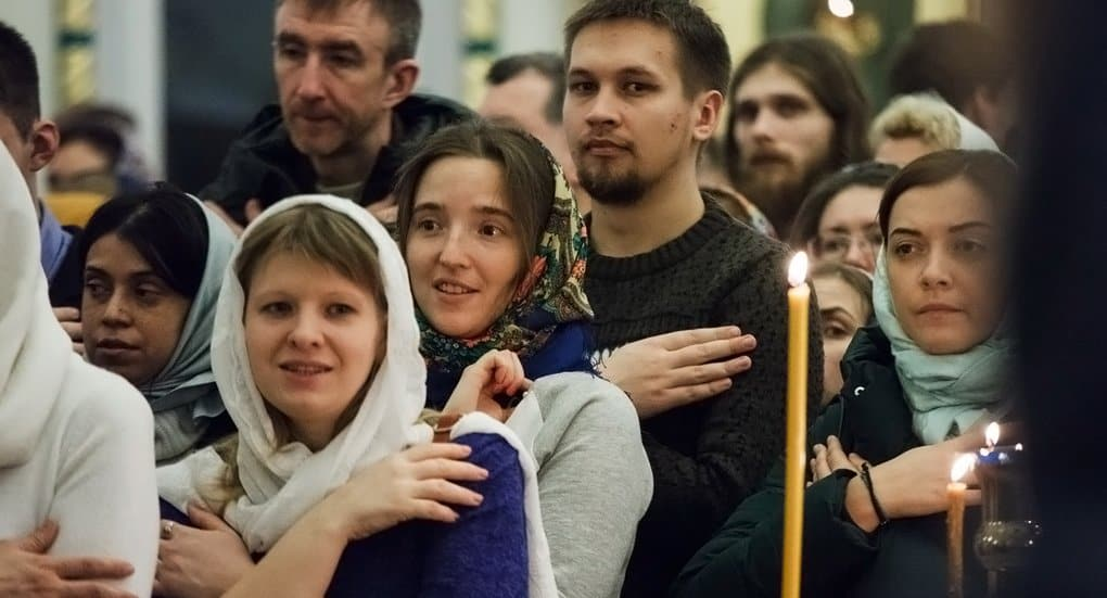 Две трети молодых людей в России – верующие, – митрополит Волоколамский Иларион