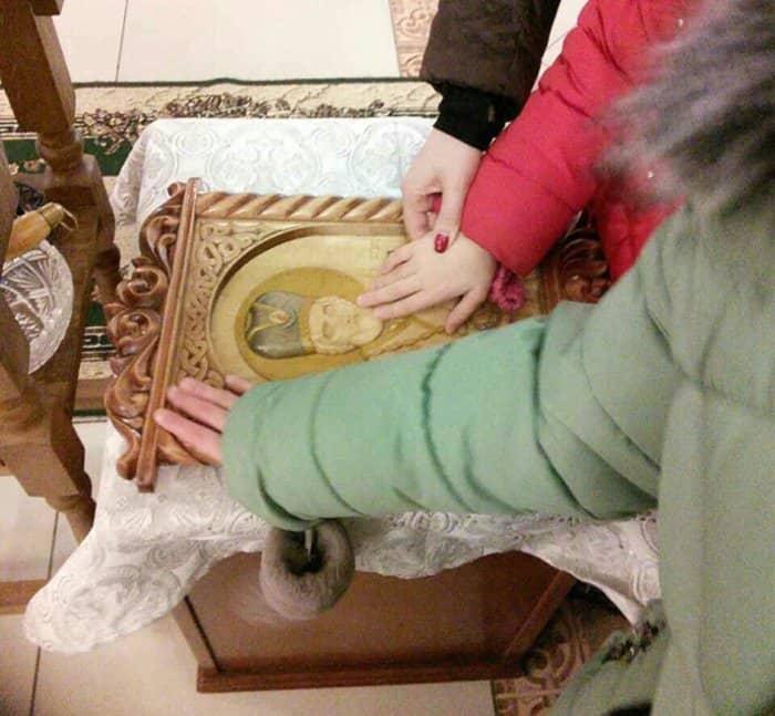 Слепоглухим детям Ижевска подарили тактильную икону