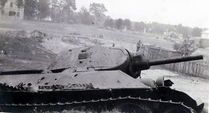 Восстановлена память о танкисте, совершившем один из первых таранов в Великой Отечественной