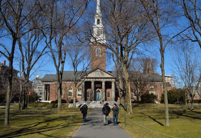 5 домовых храмов самых престижных университетов мира - фото 2