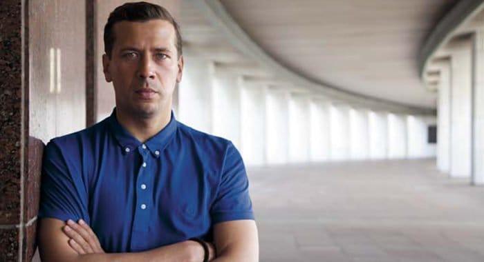 Актер Андрей Мерзликин отмечает 45-летие
