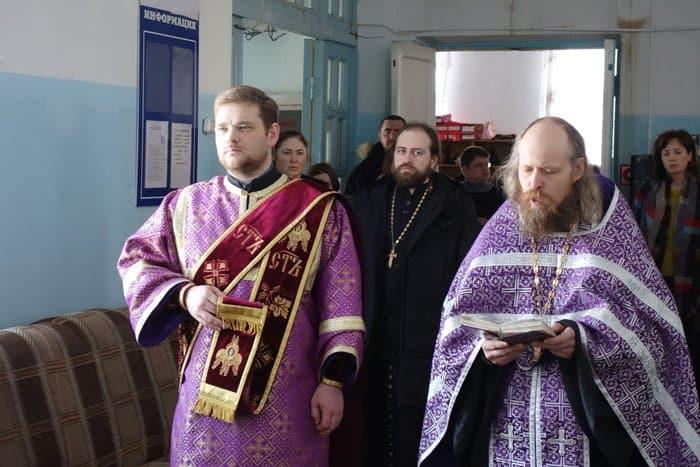 Второй центр гумпомощи открылся в Отрадненской епархии