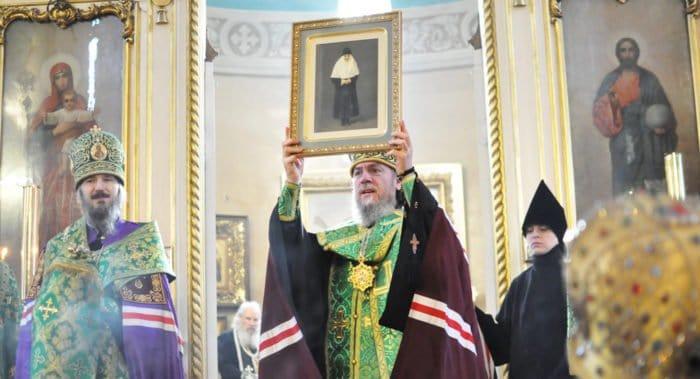 В Пюхтицком монастыре прославили блаженную Екатерину (Малков-Панину)