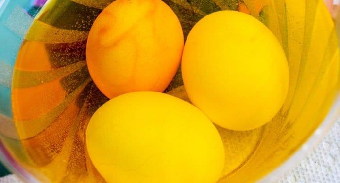 Виды пасхальных яиц и их рецепты: что такое крашенка, крапанка и драпанка?
