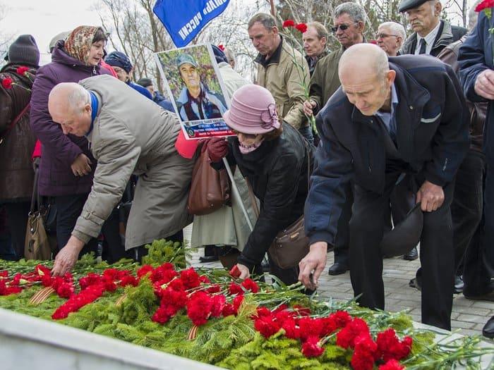 В России, Украине и Беларуси помолились о жертвах Чернобыльской трагедии