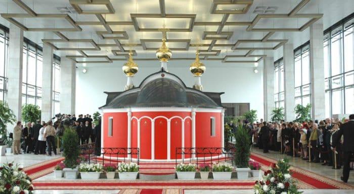 Священники на Белорусском вокзале расскажут о Пасхе