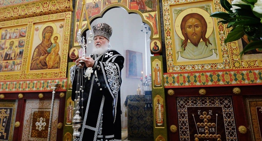 Патриарх Кирилл помолился о жертвах пожара в Кемерово на 9-й день после трагедии