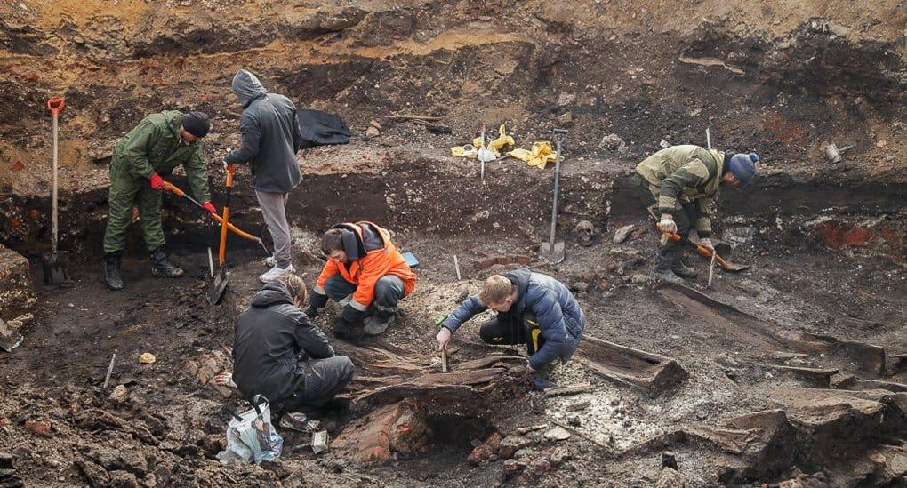 Фундамент храма XVII века нашли в центре Тулы
