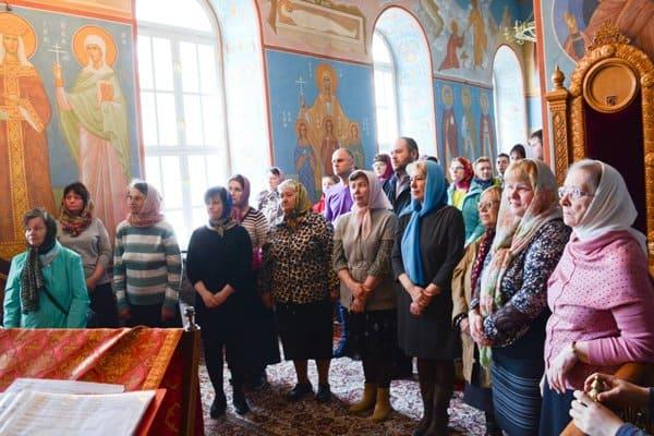 Первую Литургию для инвалидов по слуху совершили в Курске