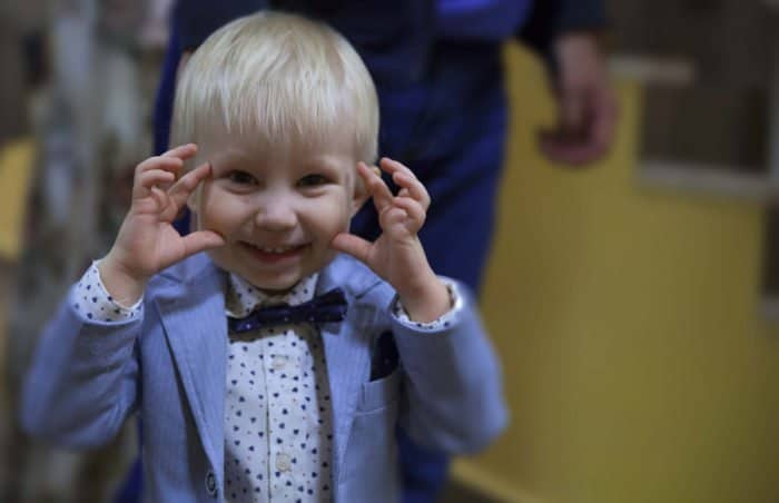 В Казани прошла премьера благотворительного детского спектакля