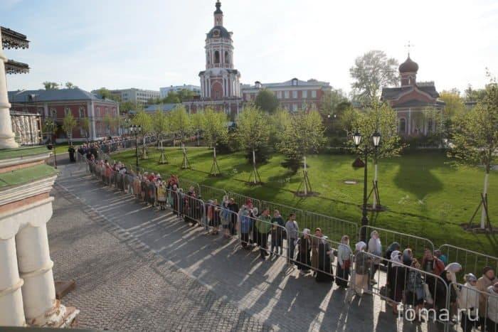 В Донском монастыре встретили мощи святителяЛуки (Войно-Ясенецкого)