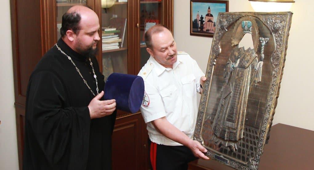 Спустя 40 лет полицейские отыскали оклад иконы, украденный из кировского храма