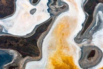 Соленое озеро в Калмыкии