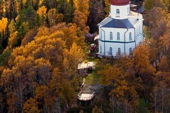 Церковь-маяк на Секирной горе. Большой Соловецкий остров