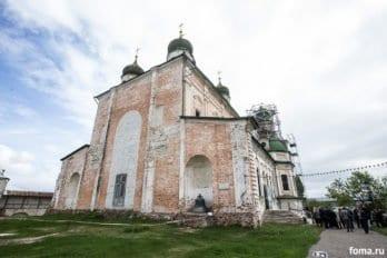 2018-06-01,A23K3734, Переславль, Крестный ход, s_f