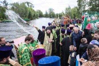2018-06-01,A23K4170, Переславль, Крестный ход, s_f