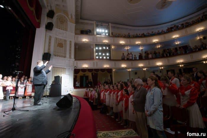 Прекрасное далеко утверди, Боже: в карельской столице спели о родине и святых