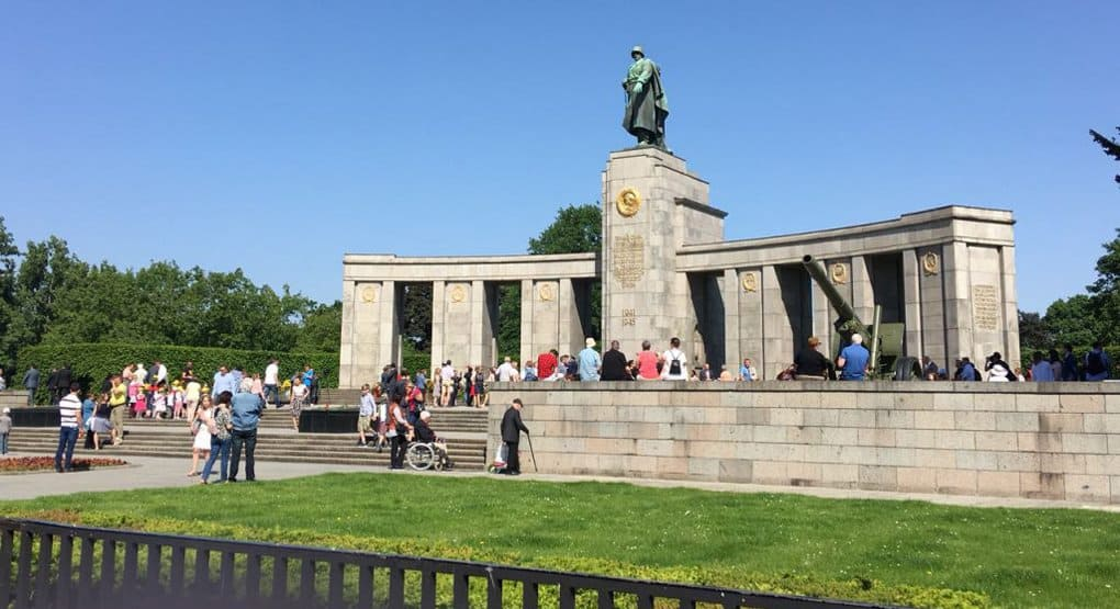 Власти Германии ежегодно дают 25 млн. евро на уход за русскими захоронениями
