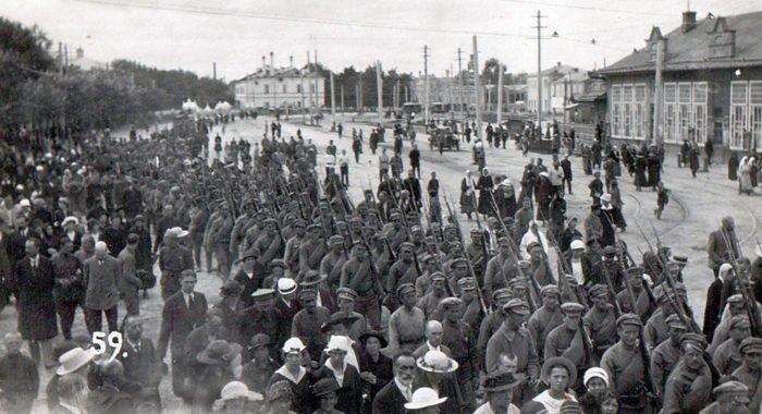 Владимир Мединский обеспокоен тем, что молодежь не знает историю Гражданской войны