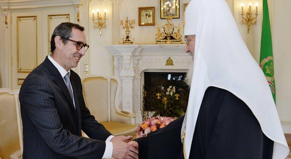 Посол Португалии попросил патриарха Кирилла благословить его на работу в России