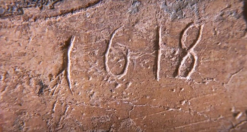 В подмосковном храме сохранились более 200 исторических граффити