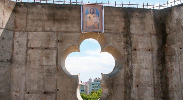 В Ливадии восстанавливают храм, разрушенный землетрясением почти век назад