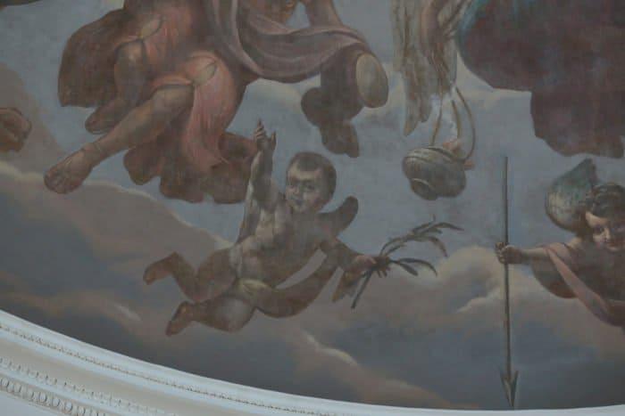 Из палаты в храм: как живет храм Троицы Живоначальной при НИИ им. Н.В. Склифосовского