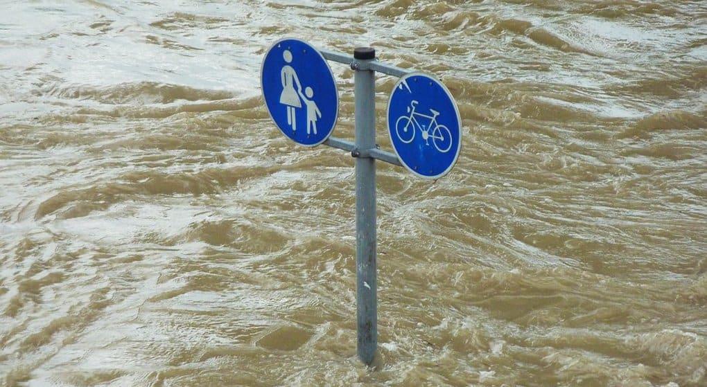 Жертвами наводнений в Японии стали уже более 100 человек