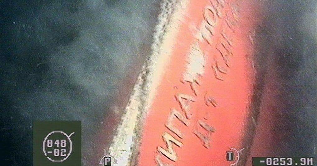 На дне Баренцева моря установили крест в память о погибших подводниках
