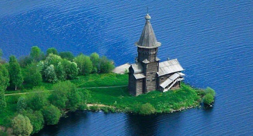 Валаамский монастырь перечислит миллион рублей на восстановление церкви в Кондопоге