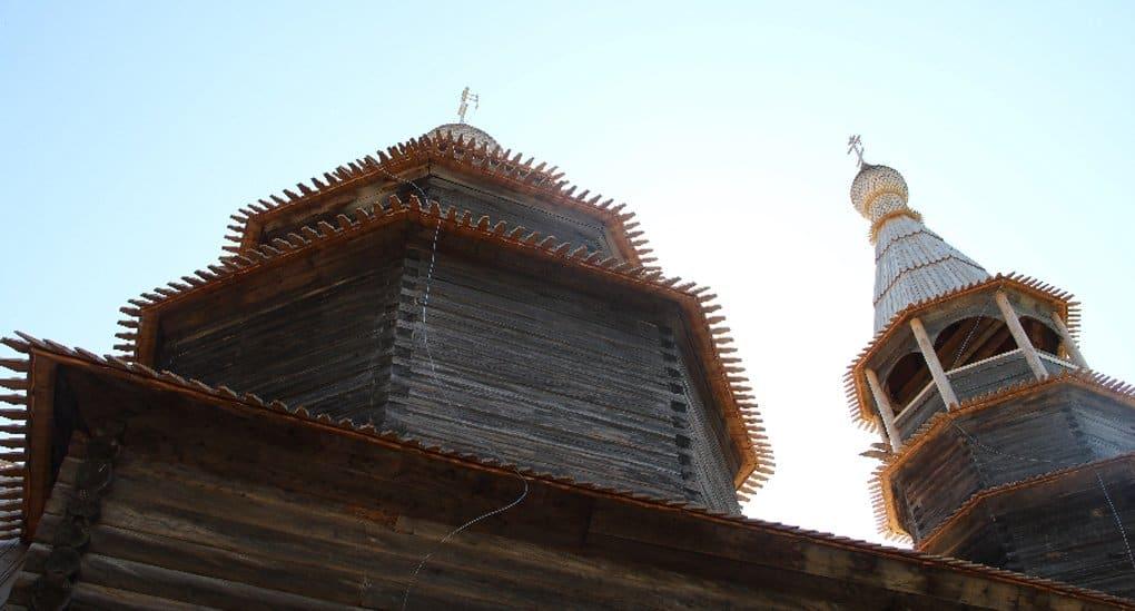 Реставраторы выпрямили новгородскую «Пизанскую башню»