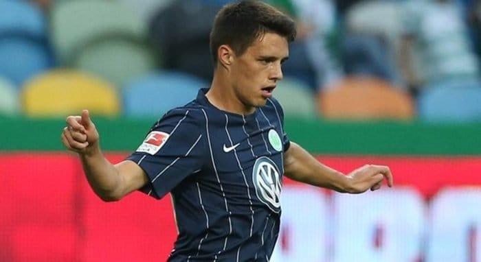 Капитан футбольного «Вольфсбурга» отказался надеть повязку в цветах ЛГБТ