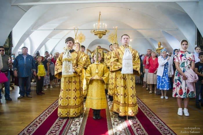 Детский крестный ход в Улан-Удэ перед началом учебы KrHodDetiUlanUde2
