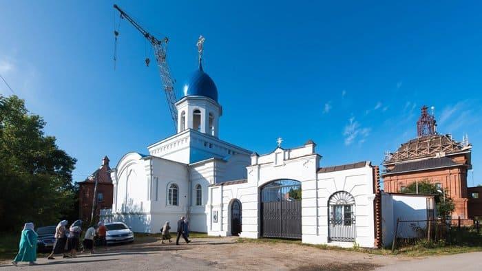 Калужскому монастырю передали мощи, найденные в музее Красной Армии