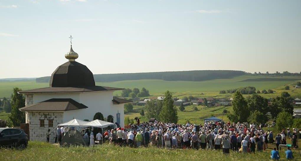 Паломническая деятельность религиозных организаций нуждается в регламентации, - заявили в Церкви