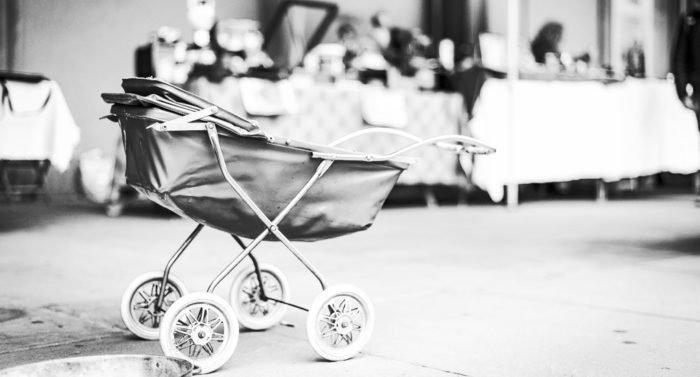 Что будет, если взять коляску умершей девочки?