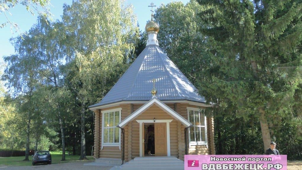 В тверском селе освятили храм в честь небесных покровителей Николая Гумилева и Анны Ахматовой