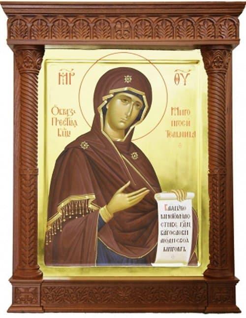 Украинской Церкви передали с Урала редкую икону Богородицы «Миропросительница»