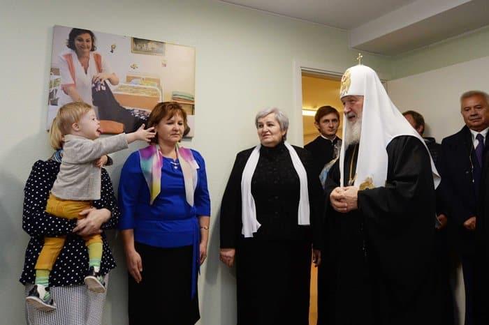 В Когалыме патриарх Кирилл пообщался с детьми с особенностями развития