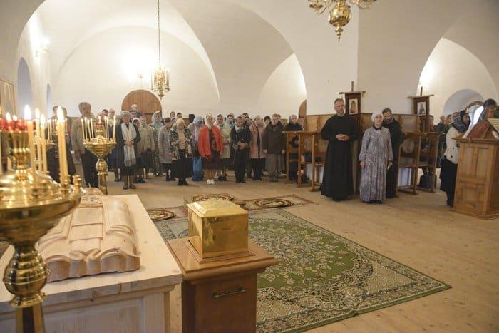 В древнейший вологодский монастырь возвращены мощи святого Иоасафа Каменского