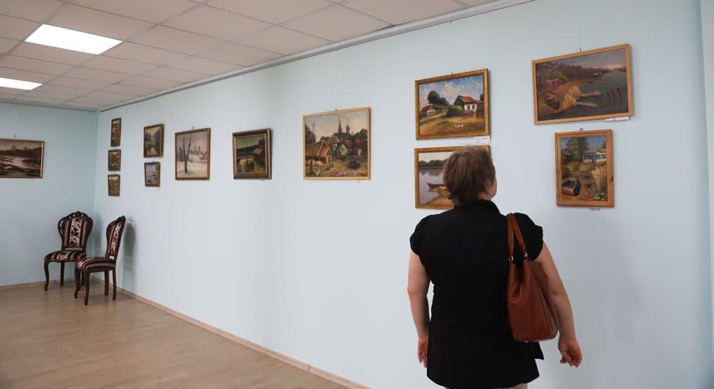В Москве показывают картины донского художника Игоря Зеньковского о родном крае