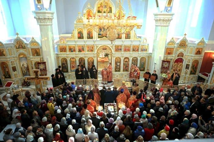 В Петербурге освятили храм Воздвижения Честного и Животворящего Креста Господня