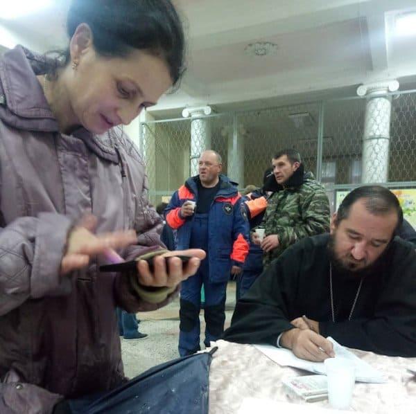 Священники и миряне развозят помощь пострадавшим от наводнения в Краснодарском крае