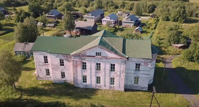 Вышел фильм об уникальном островном храме в дельте Северной Двины