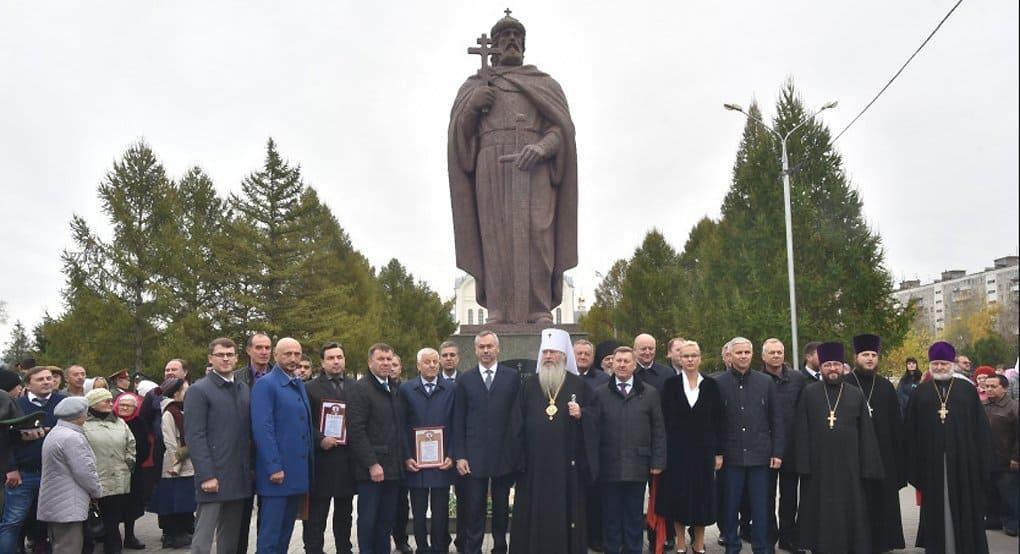 У новосибирцев появился свой памятник святому князю Владимиру