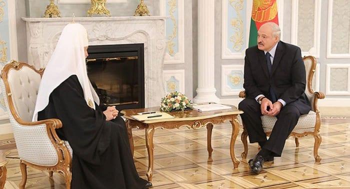 Беларусь будет поддерживать единство православия, - Александр Лукашенко