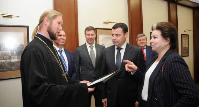 Валентина Терешкова пожертвовала миллион рублей храму в ярославском селе