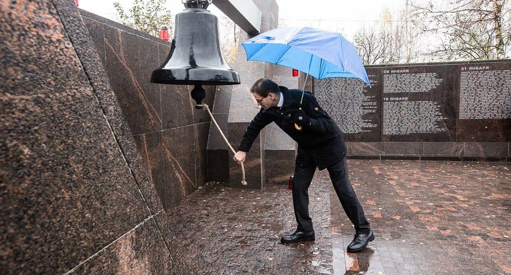В память о жертвах репрессий в России впервые звучит «Колокол Памяти»