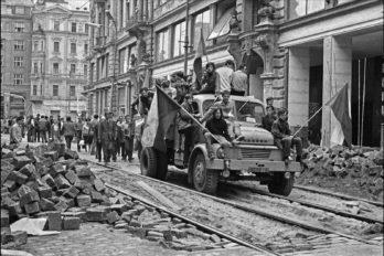 1968-soviet-invasion-of-czechoslovakia--9
